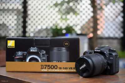 Máy ảnh cơ Nikon D300 + Len tamron 17-50