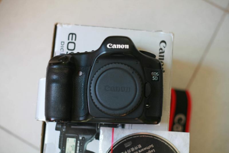 Mình bán Canon EOS 5D Classic (Mark I)