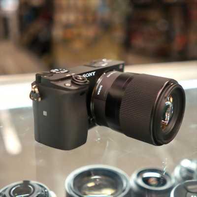 Lens Sigma 30 1.4 for Sony E mount