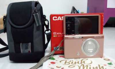 CASIO selfie ZR50 full box like new