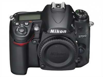 Nikon D7000 đẹp tặng thẻ SD16G