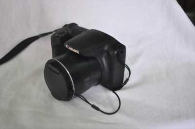 Cần bán máy ảnh Canon SX400IS siêu zoom