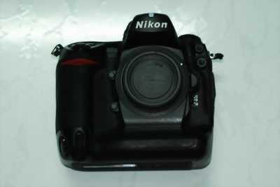 Bán Máy Ảnh Nikon D2x còn mới và nhiều ống kính