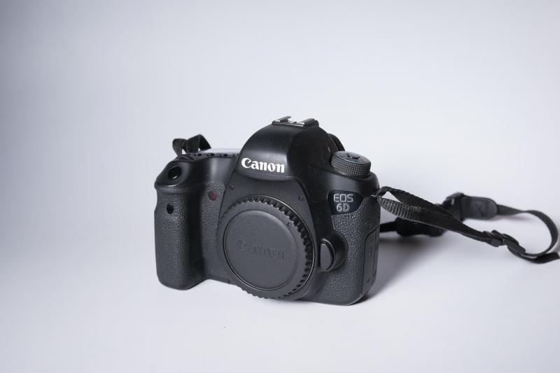 Bán body canon 6D