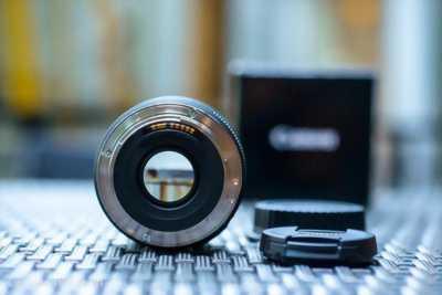 Lens 50 stm thanh lí
