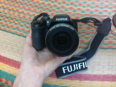 Bán máy ảnh fujfjm S9800.