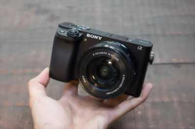 Sinh viên hết tiền cần bán máy ảnh sony