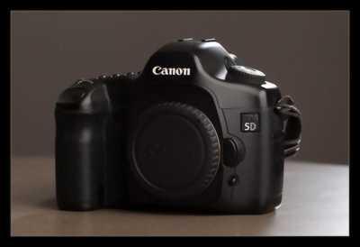 Máy ảnh Canon 5D classic