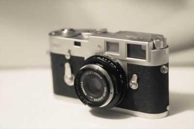Máy canon chụp film.... Ai sưu tập đồ cổ alo mình