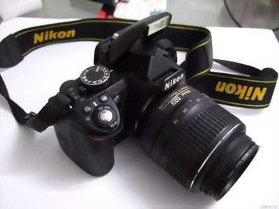 Máy ảnh Nikon D3100