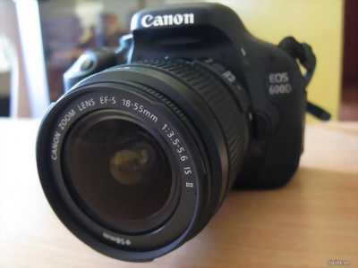 Canon 600d + lens kit có tặng phụ kiện đi kèm