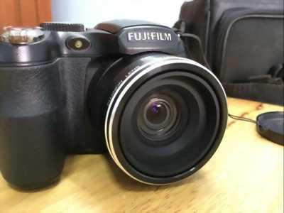 Máy ảnh xách tay Fujifiml S Finepix tại Đồng Nai, còn mới