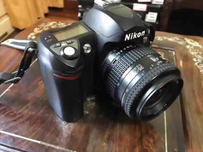 Bán máy ảnh Nikon D70