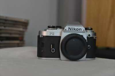 Nikon D90 + lens 18-70 Siêu kit ( lens Hư AF)