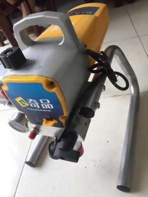 máy phun sơn bằng piston