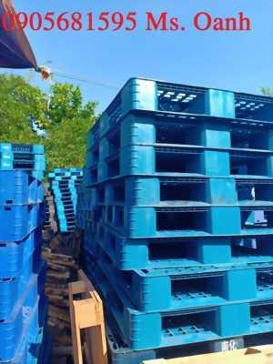 Giảm giá bán nhanh Pallet nhựa Đài Loan Xanh tại Quảng Nam 0905681595