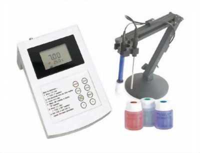 Máy đo pH, nhiệt độ để bàn