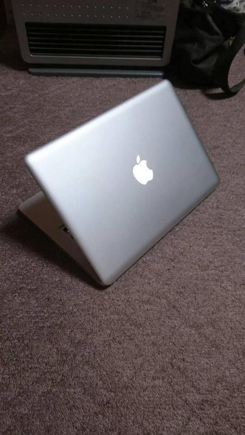 Macbook Pro 13 i5 ram 4gb 13.3