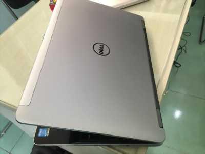 Dell E6540 i5 4210M 2 card, 4G, 500G, đèn phím, vỏ nhôm màu bạc