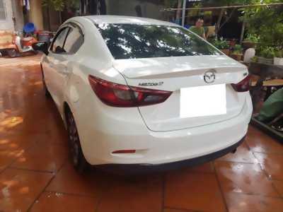 Cần tiền bán Mazda2, sx 2016, màu trắng, xe còn đẹp