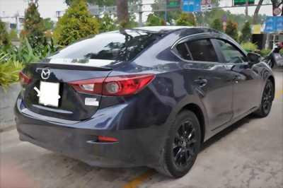 Cần bán xe Mazda 3 Sedan 2016 số tự động màu xanh đen