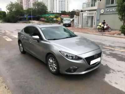 Gia đình cần bán xe Mazda3, sản xuất 2016, số tự động màu xám