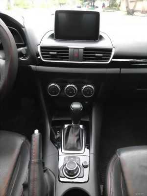 Bán chiếc Mazda 3 tự động 2017 dk 2018 Trắng trẻ đẹp lung linh