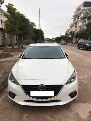 Bán chiếc Mazda 3 tự động 2017 dk 2018 Trắng trẻ đẹp lung linh. Xe đi 28 000 km không một tỳ vết nhỏ