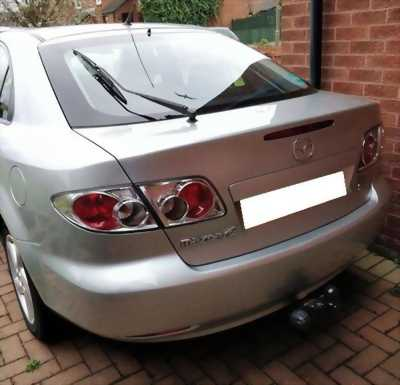 Cần bán xe Mazda 6 số sàn đời 2004 đk 2005 màu bạc