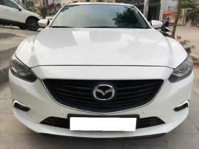 Em cần bán Mazda 6 màu trắng 2016 bản 2.0 fulloption xe đẹp