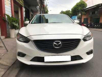 Gia đình cần bán Mazda6 sản xuất 2016, số tự động, bản 2.0, màu trắng