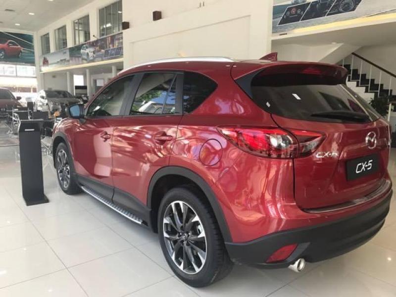 Cần bán chiếc Mazda CX 5 sản xuất 2017, xe mới cứng, xe đẹp đầy cá tính