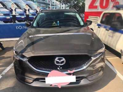 Cần bán gấp Mazda Cx5 2018 .Xe màu xám nâu