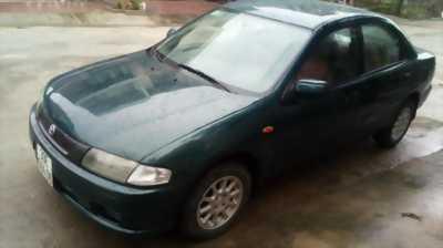 Cần bán xe Mazda E323 đời 2000 chất lượng như mới