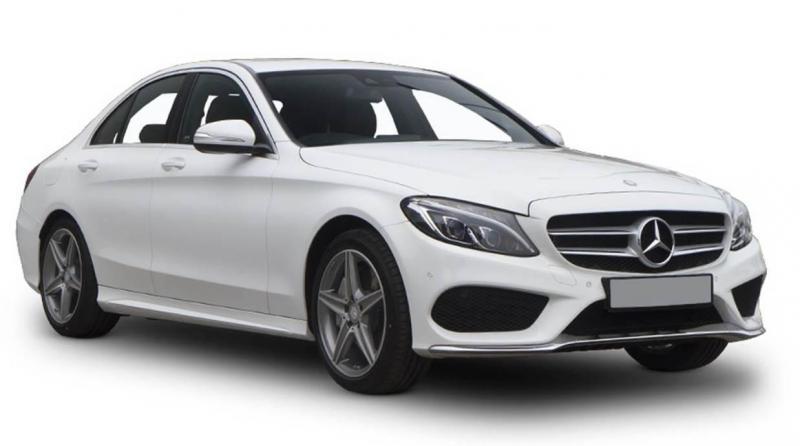 So sánh BMW và Mercedes: Cuộc đua bất phân thắng bại