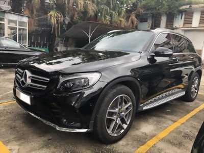 Bán xe GLC 300 cũ sản xuất 2018 màu đen nội thất nâu xe cực đẹp như mới giá rất rẻ