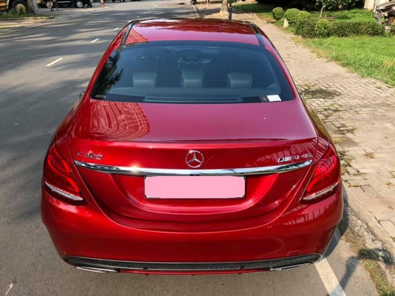 Cần tiền lấy vợ bán C300 AMG sản xuất 2018, số tự động, màu đỏ