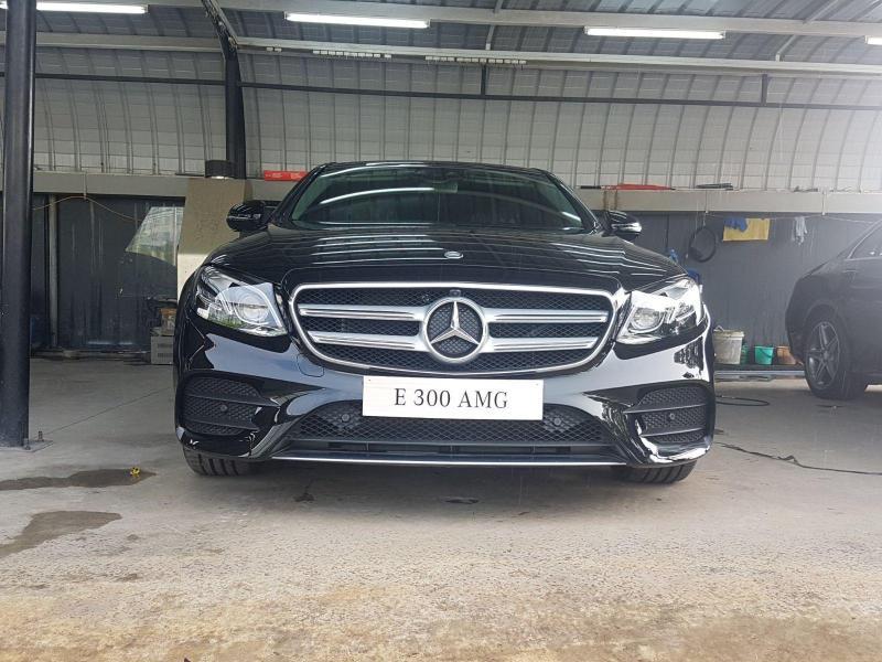 Bán xe Mercedes C300 Đen AMG 2018 chính hãng quận 4