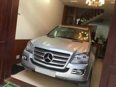 Bán xe Mercedes GL550 đời 2010 màu bạc nhập khẩu Mỹ