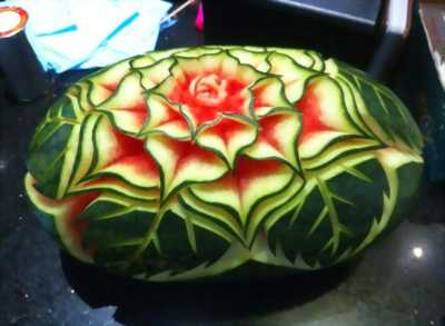 Mở lớp cắt tỉa hoa quả.