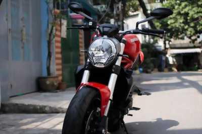 Cần nhượng lại xe Ducati Monster 821 màu đỏ Date 5/2016 HQCN, giá rẻ bất ngờ.