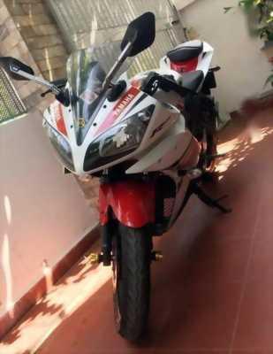 Cần giá thanh lý xe R15 Yamaha spost 99% chính chủ