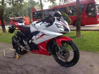 Bán xe Yamaha R15 màu đỏ trắng