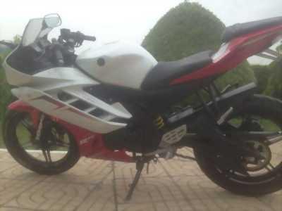 Bán xe Yamaha R15 màu đỏ trắng đời 2014