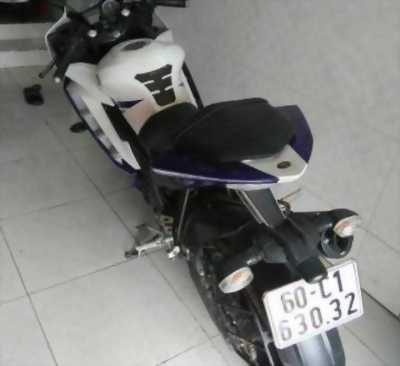 Cần bán moto Yamaha R15