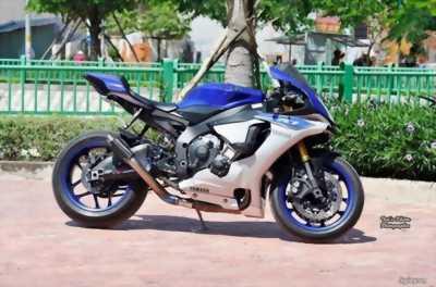 Bán Yamaha R1 màu xanh 2015 giá tốt