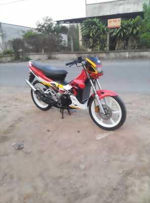 Xe moto 2 thì 125 cc chạy hơn Rv