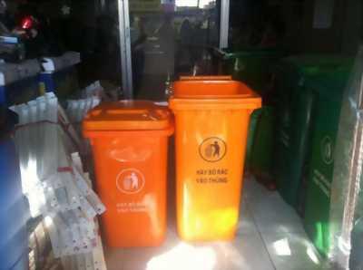 Thùng đựng rác môi trường 240L giá cạnh tranh