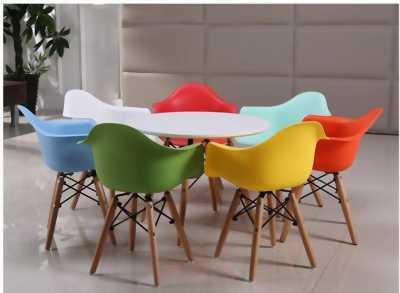 Ghế nhựa chân gỗ ( tai bèo) - Eames E03 - Cho quán cafe