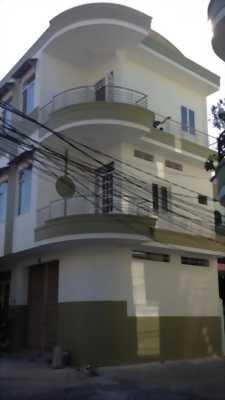 Nhà tại trung tâm tp vị thanh.